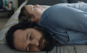"""מת'יו ריס ולינה דנהאם ב""""בנות"""" (עונה 6 פרק 3) (צילום: צילום מסך)"""