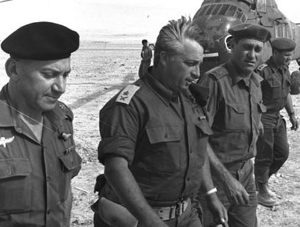 אריאל שרון, חיים בר לב וישעיהו גביש (1967)