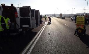 """זירת התאונה (צילום: דוברות מד""""א)"""