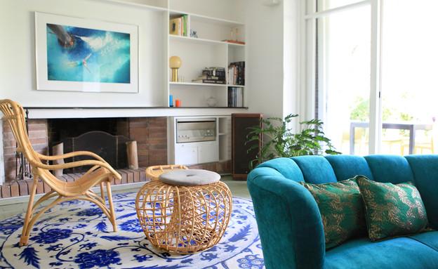 11 ספה כחולה בסגנון אר-דקו למראה בוהמייני קליל עיצוב שרון ברקת (צילום: שרון ברקת)