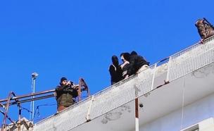 הוצאה להורג של הומוסקסואלים במוסול (צילום: CNN)