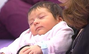 ההורים שיעשו הכל כדי שהילד יירדם (צילום: חדשות 2)