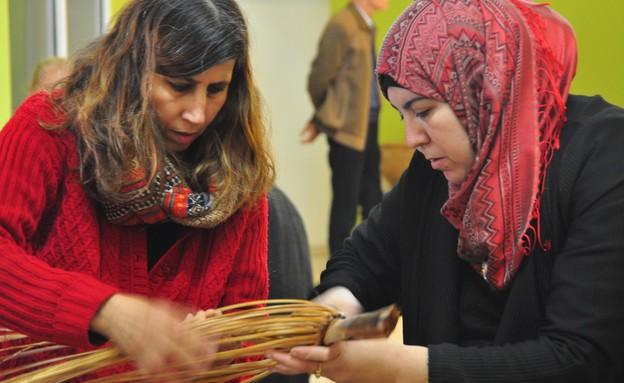 ערביות ויהודיות ביחד - תאמינו שזה אפשרי! (צילום: סינדיאנת הגליל)