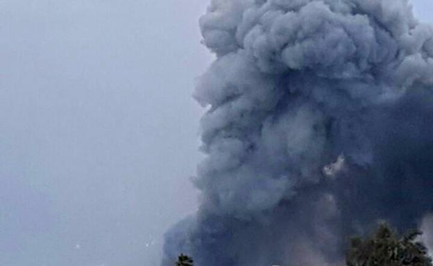 עשן מיתמר מעל היישוב פורת (צילום: פסגת המעודכנים)