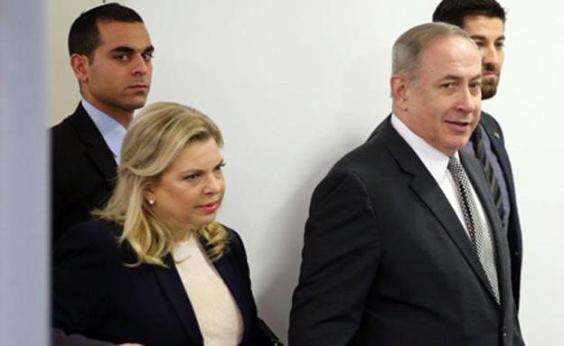 בני הזוג נתניהו בדיון בתביעה נגד סרנה (צילום: צילום: מוטי קמחי)
