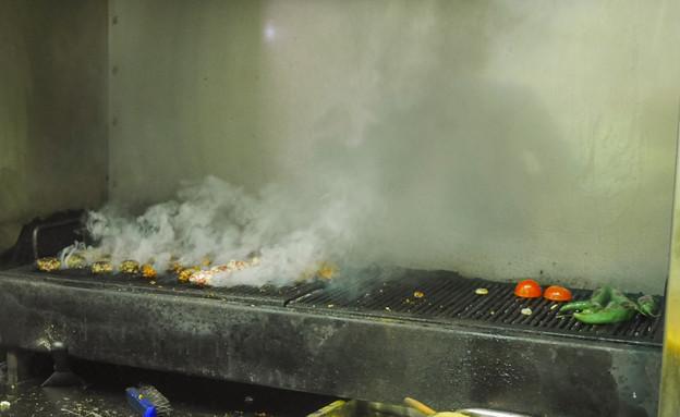 גריל הפחמים, ג'סמינו (צילום: גיל גוטקין, אוכל טוב)