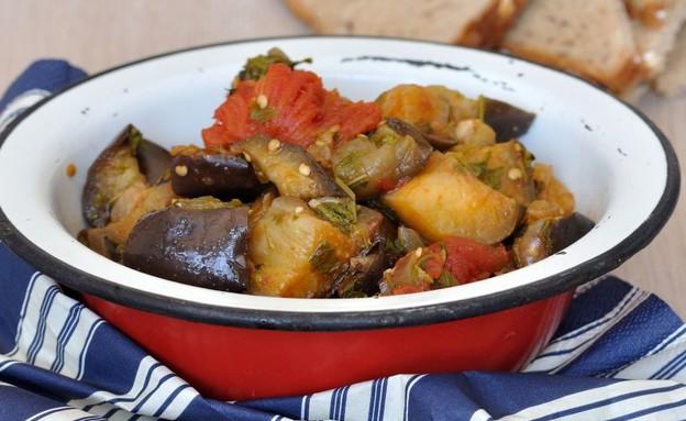 סלט חצילים טוניסאי (צילום: יפית בשבקין, אוכל טוב)