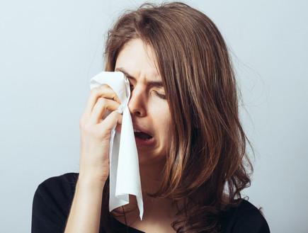 אישה בוכה
