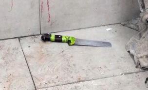 הסכין בה השתמש המחבל (צילום: דיווחי הרגע)
