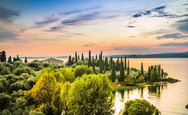 אגם גארדה (צילום: fotomika, Shutterstock)
