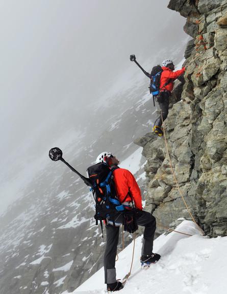 מטפסים לפסגת המטהורן  (צילום: Sakchai Lalit | AP)