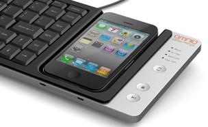 מקלדת Omnio Wow-Keys שהאייפון הוא משטח המגע שלה