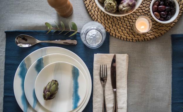 שולחן פסח שקל, אפור סולידי (4) (צילום: גלעד רדט)