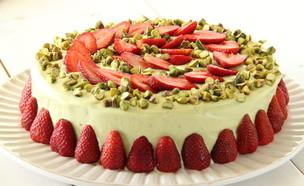 עוגת פיסטוק ושוקולד לבן לפסח (צילום: חן שוקרון, אוכל טוב)