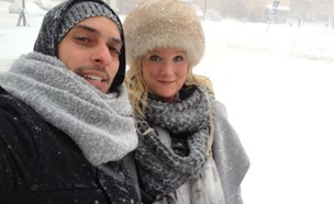 אנג׳ליקה ואני בסופת שלגים (צילום: ארי דרוקר)