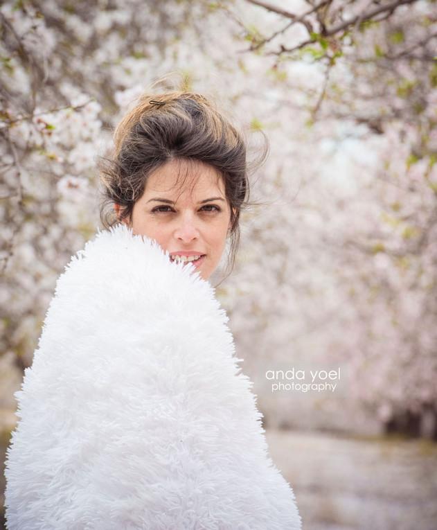 הריון בפריחה - אנדה יואל