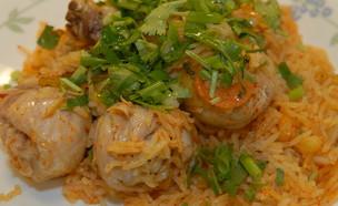 פילאף אורז עם עוף וירקות שורש (צילום: טופ ליין תקשורת, אוכל טוב)