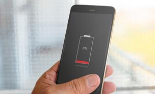 התראת סוללה חלשה בסמארטפון (צילום: ShutterStock)