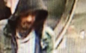 אקילוב, כפי שתועד במצלמות האבטחה (צילום: sky news)