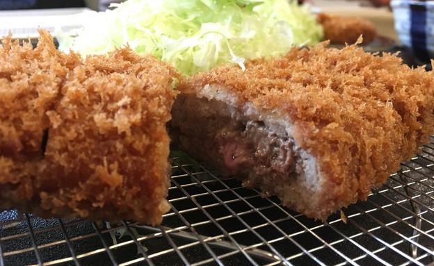טונקטסו של מאייסן - שניצל יפני (צילום: אפרת אנזל, אוכל טוב)