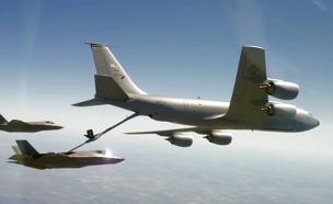 """צפו: מטוסי החמקן באימון תדלוק אווירי (צילום: דובר צה""""ל)"""