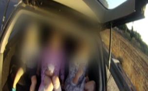 """""""לעיתים נדחסו עד 7 ילדים ברכב"""" (צילום: משטרת ישראל)"""