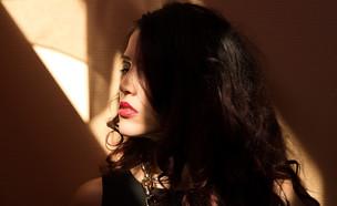 אישה טרנסג'נדרית. אילוסטרציה (צילום: Shutterstock)