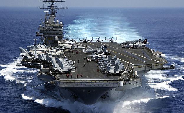 """נושאת המטוסים """"קארל וינסון"""" (צילום: U.S. Navy, GettyImages IL)"""
