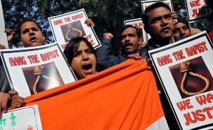 ההפגנות בהודו בעקבות מקרה האונס (צילום: Reuters)