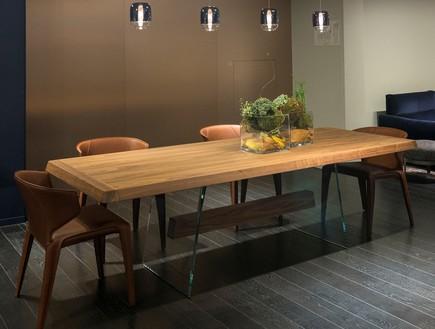 שולחן Phantom בעיצוב מאורו ליפריני
