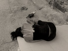 """""""בת זונה"""" (צילום: נירית אהרוני, באדיבות yes)"""