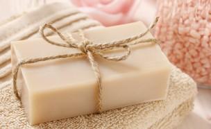 סבון מוצק (צילום: Agnes Kantaruk, Shutterstock)