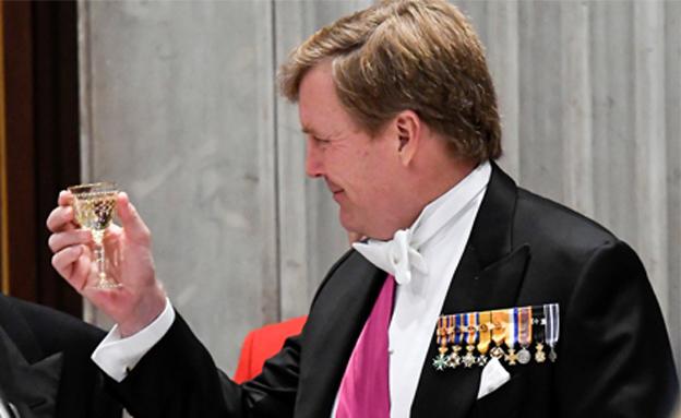 """""""מזהים את הקול שלי"""", מלך הולנד (צילום: רויטרס)"""