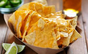נאצ'וס עם גבינה (צילום: Joshua Resnick, Shutterstock)