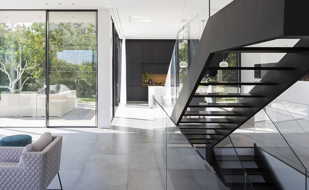 שחר רוזנפלד, מדרגות (22) (צילום: שי אפשטיין)
