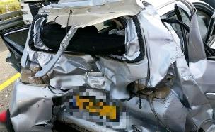 """זירת התאונה, הבוקר (צילום: מד""""א)"""