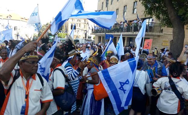 לראשונה: מצעד גם במזרח העיר (צילום: חדשות 2)