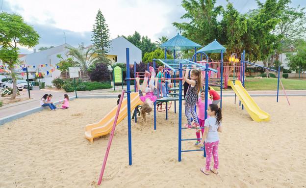 גן משחקים בתל אביב (אילוסטרציה: dnaveh, Shutterstock)