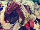 ערימת בגדים (צילום: nito, Shutterstock)