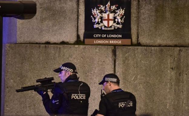 זירת הפיגוע בגשר לונדון (צילום: CNN)