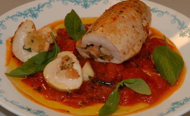 חזה עוף ממולא בסגנון איטלקי (צילום: טופ ליין תקשורת, המרכיב העיקרי)