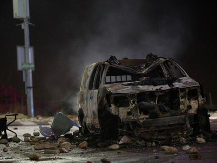 התפרעויות בכפר קאסם (צילום: אהרון קראהן/TPS)