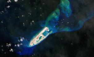 האי המלאכותי שהוסב למחנה צבאי (צילום: Gallo Images, GettyImages IL)