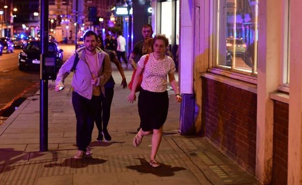 בהלה בלונדון אחרי הפיגוע (צילום: CNN)