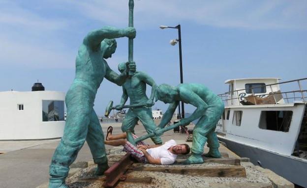 משחקים עם פסלים (צילום: יחסי ציבור)