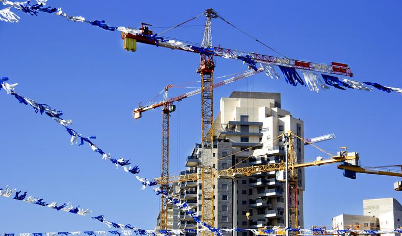 אתר בנייה (אילוסטרציה: אלכסנדר קומראץ, shutterstock)