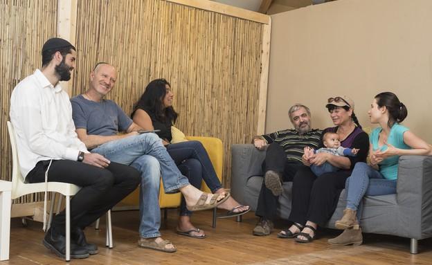 משפחת להמן ומשפחת טשרניחובסקי במפגש