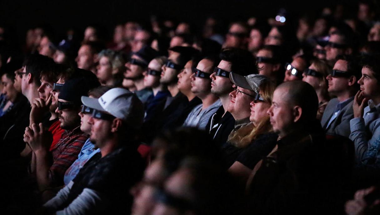 צופים בפסטיבל הקולנוע של טורוונטו