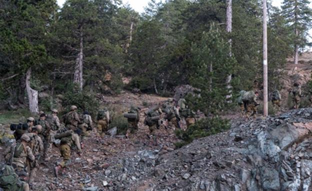 """הלוחמים התמודדו עם שטח לא מוכר (צילום: דובר צה""""ל)"""
