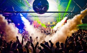 מסיבה (צילום: Anthony Mooney, Shutterstock)